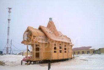 Завершена сборка кокошников, шатка и каркасно-стропильной системы церкви