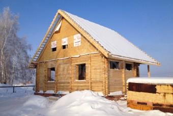 Дом из оцилиндрованного бревна с двойными стенами